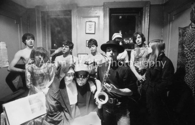V22-3-19 Sterling Morrison, Mo Tucker, Angus McLise, Lou Reed, Piero Heliczer, Margaret Boyce Cam, John Cale and Julie Garfield